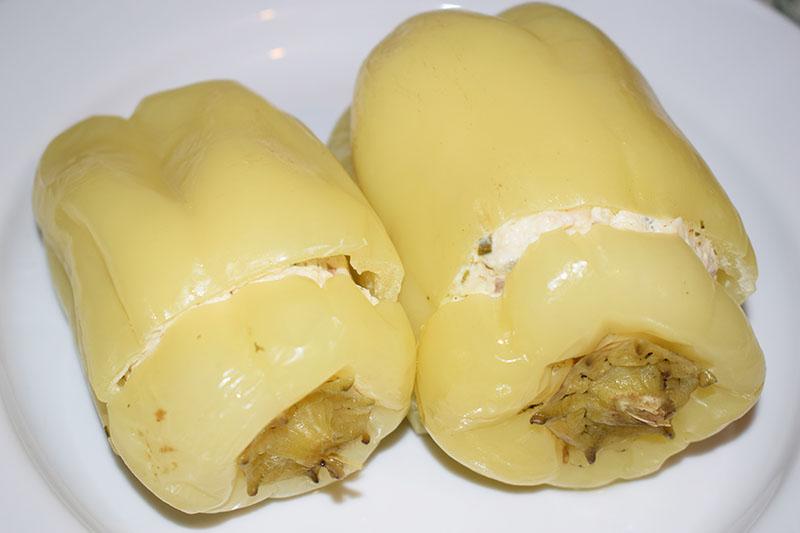 Фаршированные перцы с куриным фаршем и грибами