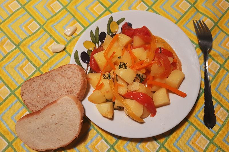 Картофельный гуляш