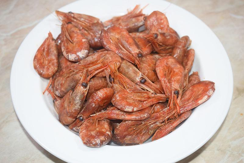 Креветки в панцире тушеные в соевом соусе