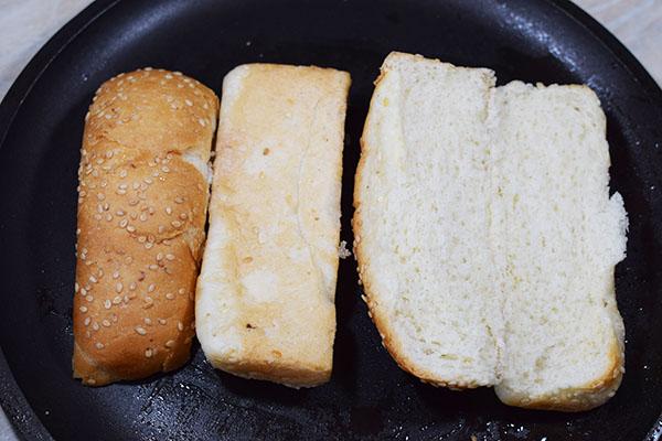 Подготавливаем булочки