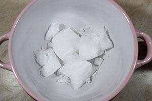Подготавливаем кокосовое масло