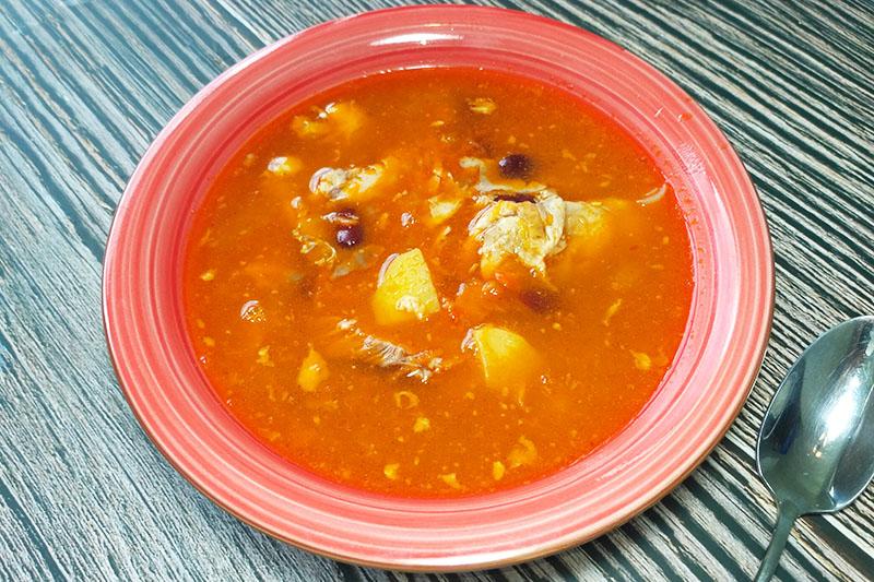 Суп с красной фасолью и курицей