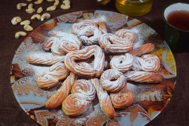 Творожное печенье с мёдом