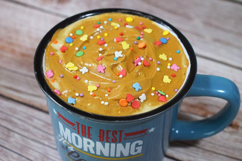 Взбитый кофе с сахаром