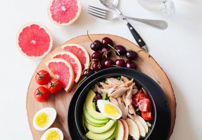 Легкие куриные салаты для тех, кто хочет сохранить свой вес в норме