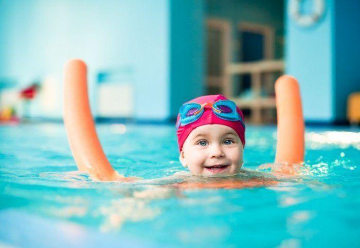 Плавание – приятный и полезный способ избавиться от лишних килограммов