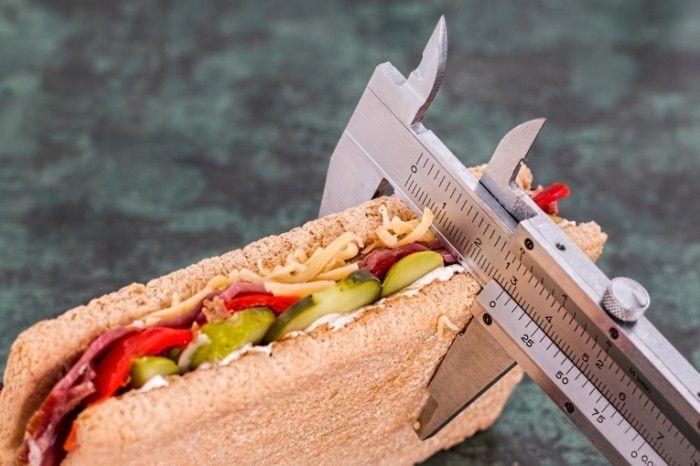 Чем опасны диеты и резкое похудение?