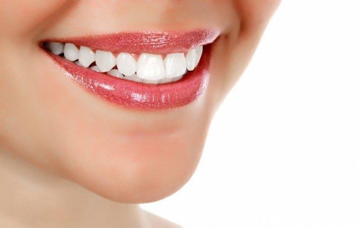 Возвращаем белизну зубам