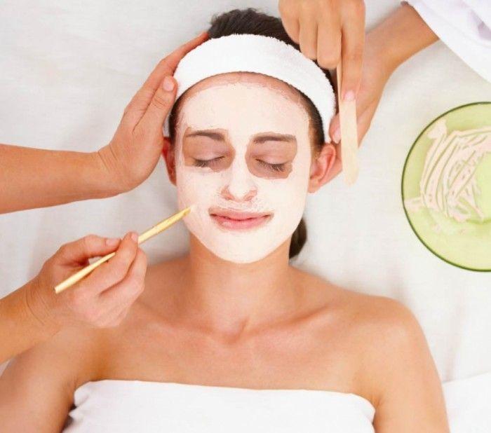 Очищение кожи лица: домашний пилинг