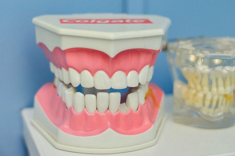 Уход за полостью рта и стоматологические заболевания